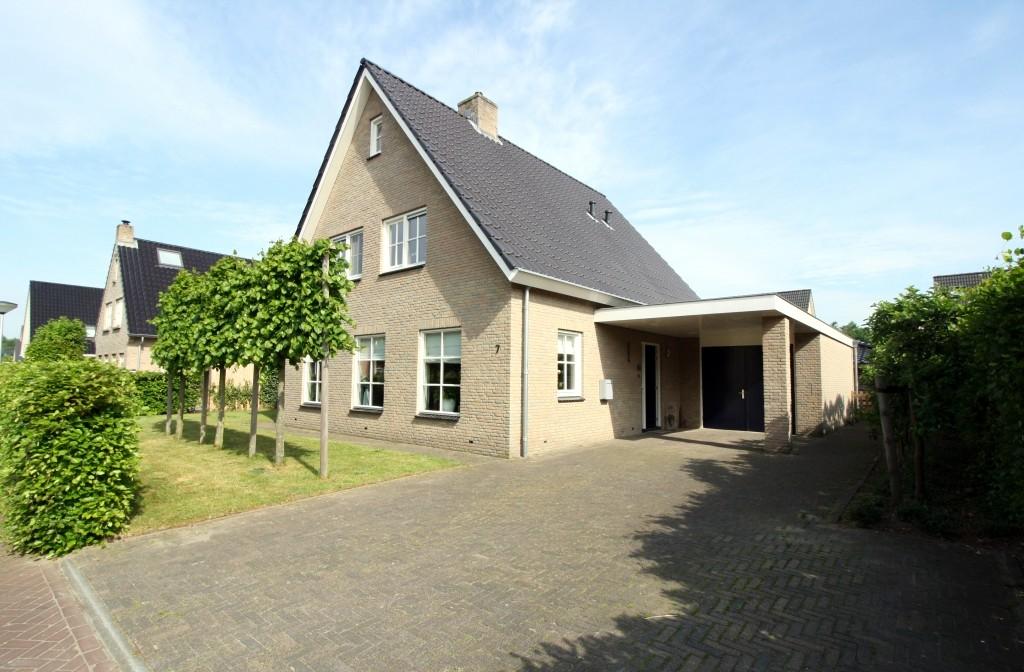 Carel Fabritiusstraat 7  OMMEN